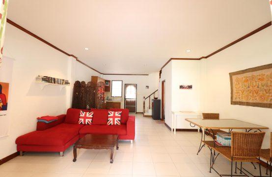 Townhouse Baan Emma, house no 7
